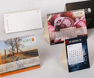 Kalendarze biurkowe stojące